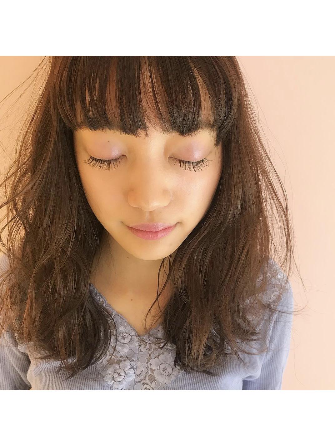 *spring eyelash*